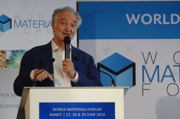 Au World Materials Forum, Jacques Attali bouscule les industriels