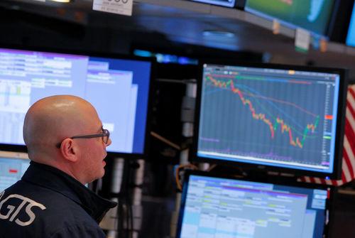 Wall Street : le Dow Jones retrouve les 25.000 points