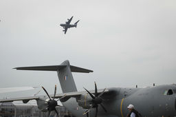 Video : le vol de démonstration de l'A400M au Bourget