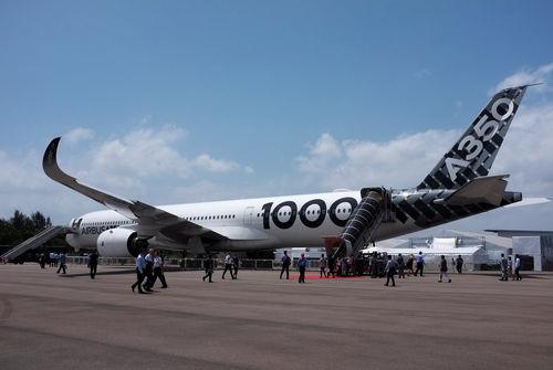 Livre son premier gros-porteur A350 — Airbus