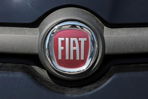 Fiat Chrysler confirme négocier pour fusionner avec PSA
