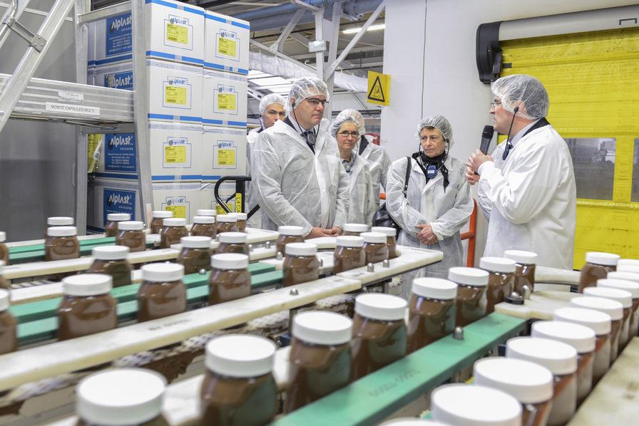 Ferrero investit 38 5 millions dans l usine nutella de villers ecalles quot - Usine imerys en france ...