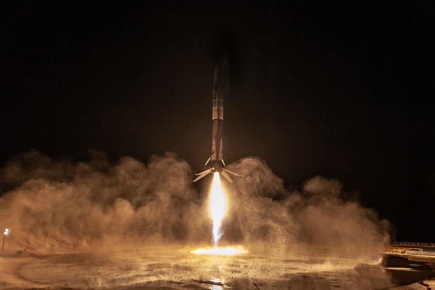 SpaceX réussit son premier lancement complet depuis la Californie