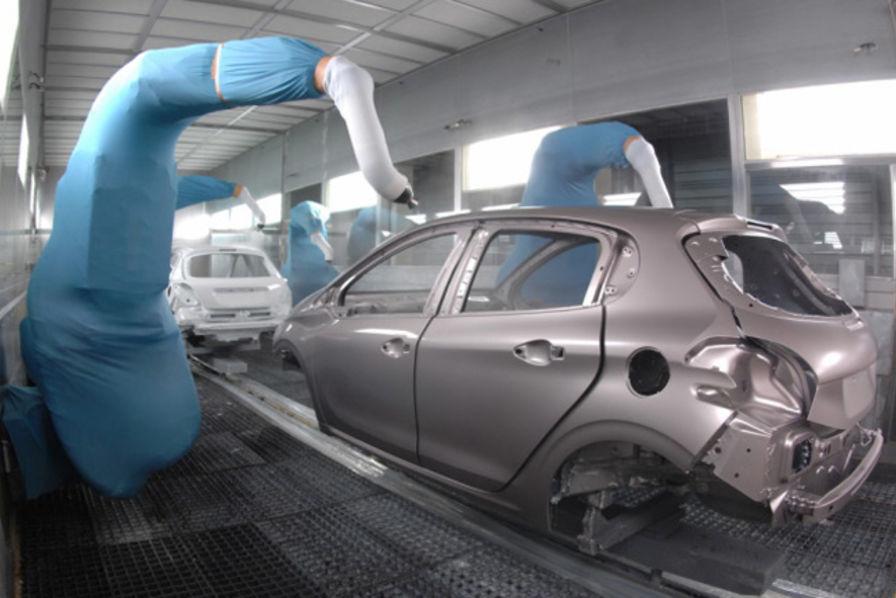 comment est fabriqu e la peugeot 208 l 39 usine auto. Black Bedroom Furniture Sets. Home Design Ideas