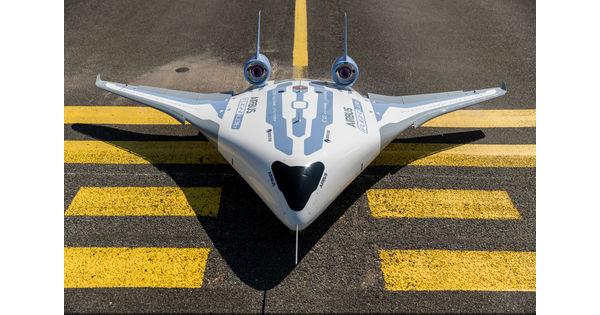 [Vidéo] Airbus dévoile Maveric, son premier démonstrateur d'aile volante - L'Usine Aéro