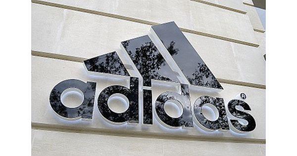 Adidas nike et asics dans l 39 oeil de l office allemand anti cartel textile habillement - Office allemand d echanges universitaires ...