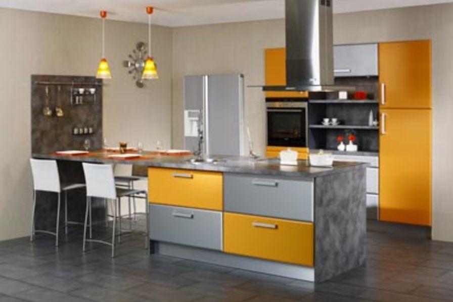 Vogica cuisine cuisine quipe m modele cuisine amenagee for Catalogue cuisine amenagee