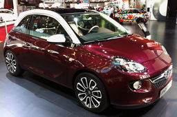 "Mondial Auto 2012 : la citadine Adam, icône du ""made in Germany"" chez Opel"