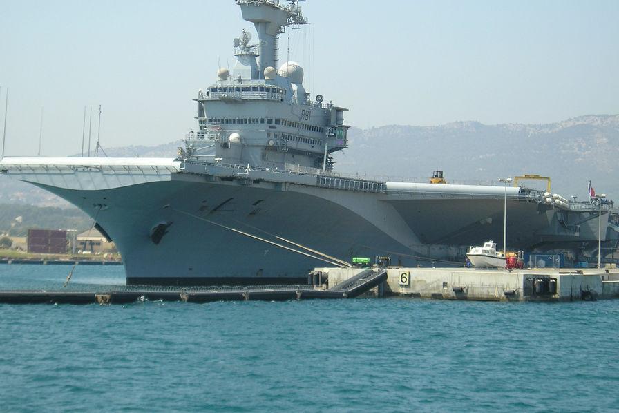 Le Porte Avions Charles De Gaulle En R 233 Novation Pour 18