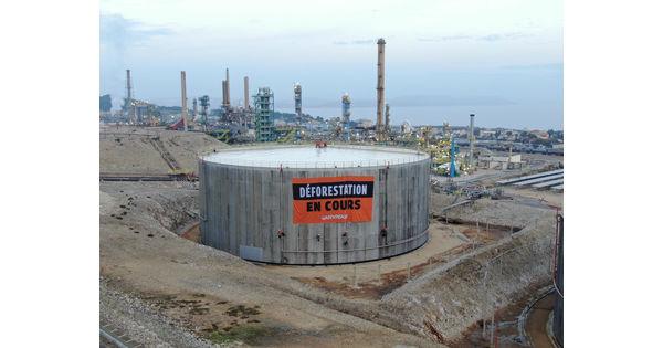 """[Vidéo] Le blocage de Greenpeace à la raffinerie de la Mède """"n'a pas d'impact"""" selon Total"""