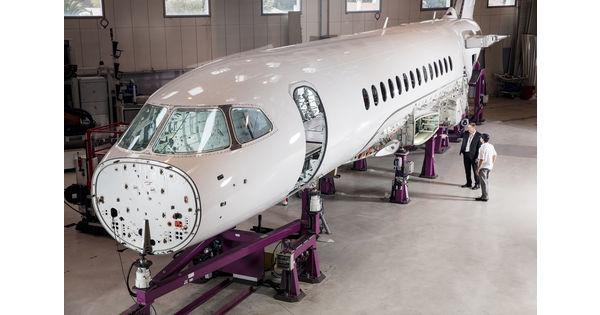 [En images] Dassault Aviation poursuit l'assemblage du Falcon 6X dans les temps