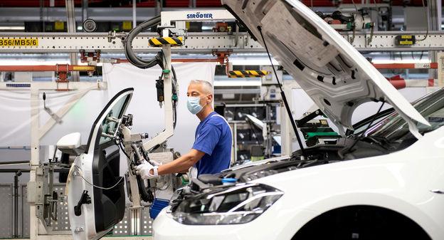 [Un bond de 62,7% des ventes de voitures en mars 2021 en Europe, Stellantis et Renault en profitent] - Usine Nouvelle