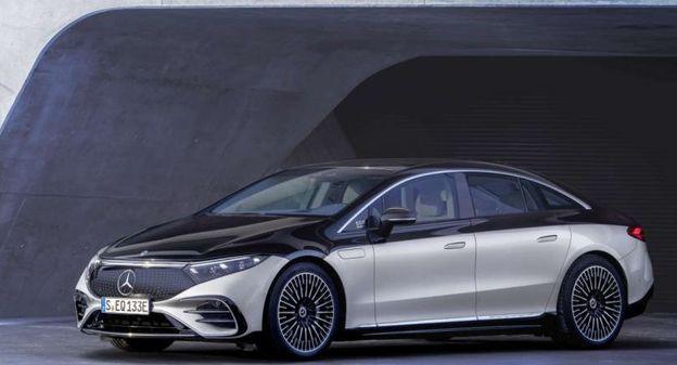 [[En images] Découvrez la Mercedes EQS, la nouvelle berline de luxe 100% électrique du constructeur allemand ] - Usine Nouvelle