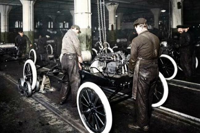 il y a 100 ans  ford inventait le travail  u00e0 la cha u00eene