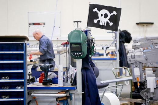 [Le Reflex industrie] Pirate !