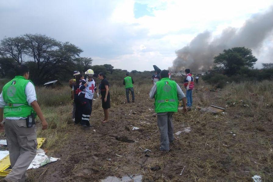 Mexique - Un avion de ligne s'écrase au décollage
