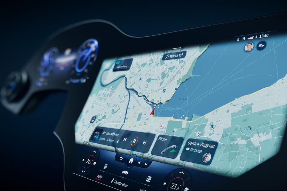 Mercedes Devoile L Hyperscreen Un Nouvel Ecran Englobant L Ensemble Du Tableau De Bord