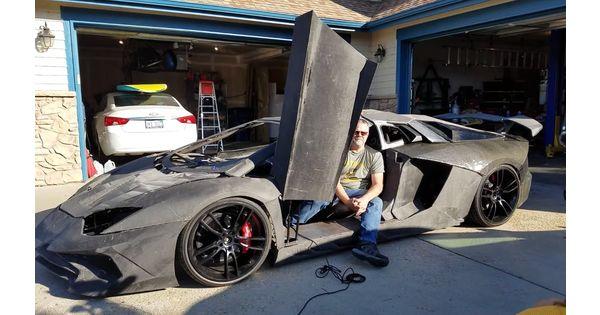 [L'industrie c'est fou] Un Américain reproduit une Lamborghini Aventador... en impression 3D