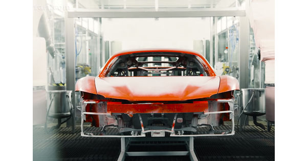 [Vidéo] La fabrication de la première Ferrari hybride rechargeable, la SF90 Stradale