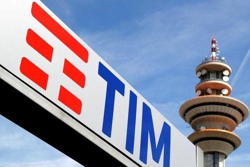 Vivendi se défend face à Elliott — Telecom Italia