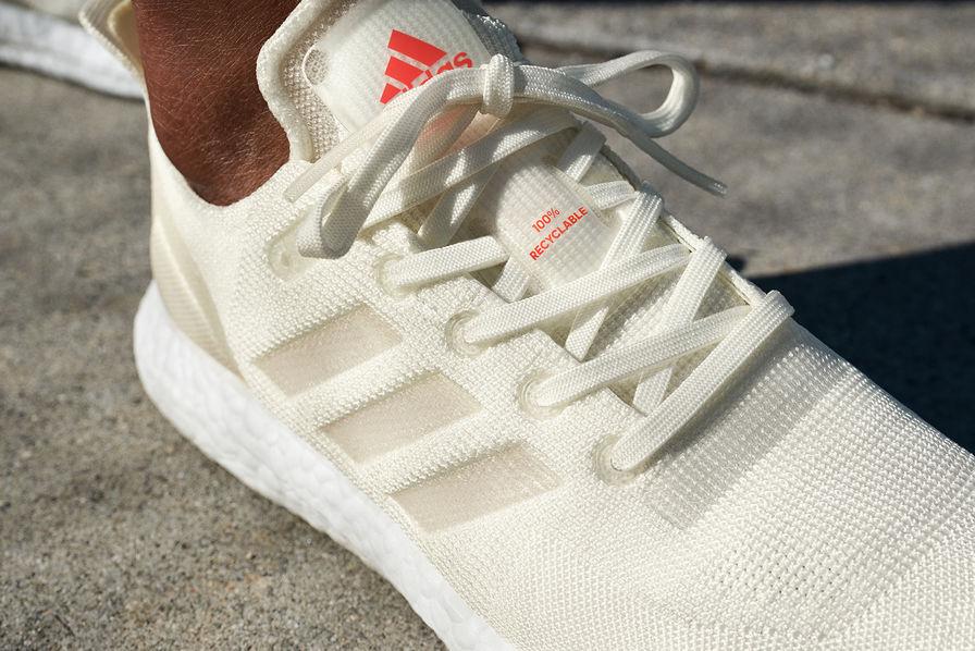 acheter pas cher d9e65 3b30f Adidas lance une paire de baskets entièrement recyclables ...