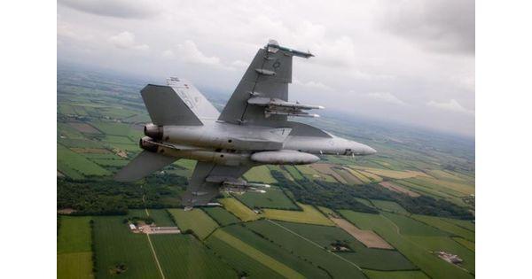 Le Rafale écarté de la course, mais le Typhoon sur la short list pour les avions de chasse du Canada