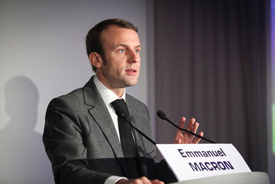 Europe emmanuel macron milite pour un plan juncker plus investissements industriels - Marc emmanuel tous pour un ...
