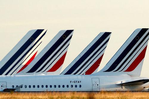 Une écotaxe mise en place sur les billets d'avion