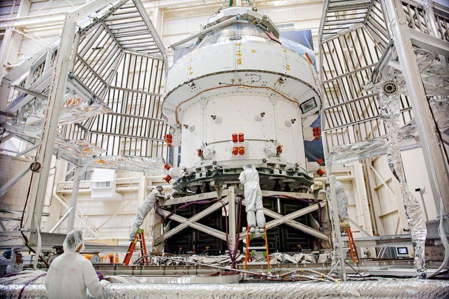 Airbus Nasa Lune ... Navette-spatiale-orion-destinee-a-mission-artemis