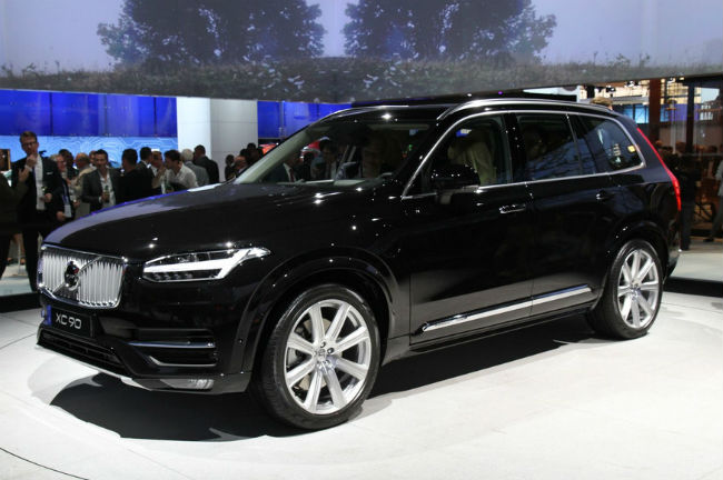 volvo xc90 4x4 haut de gamme et connect mondial de l 39 automobile. Black Bedroom Furniture Sets. Home Design Ideas
