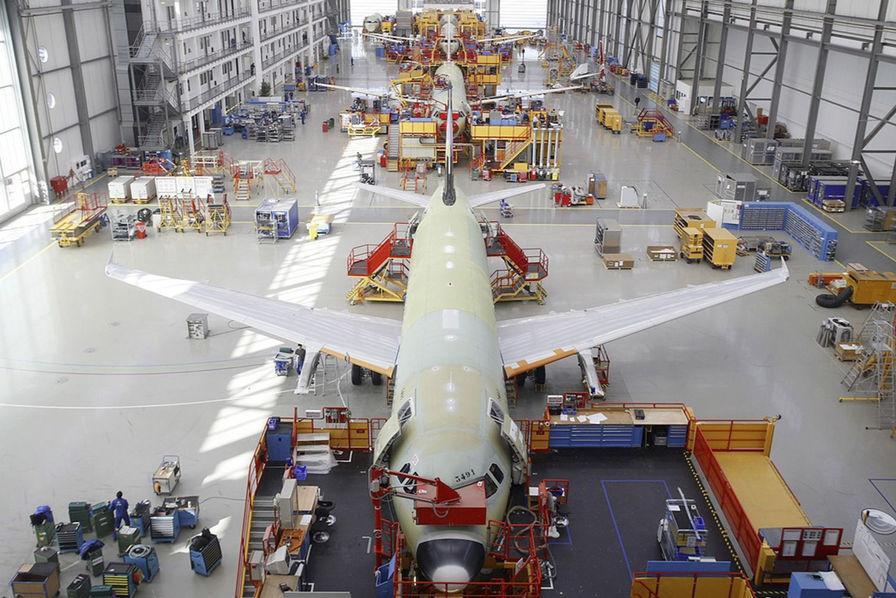 Covid-19] Airbus et Boeing foudroyés, la production d'avions pourrait chuter de moitié en 2020 - L'Usine Aéro