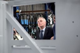 Ayrault veut booster ses 35 mesures