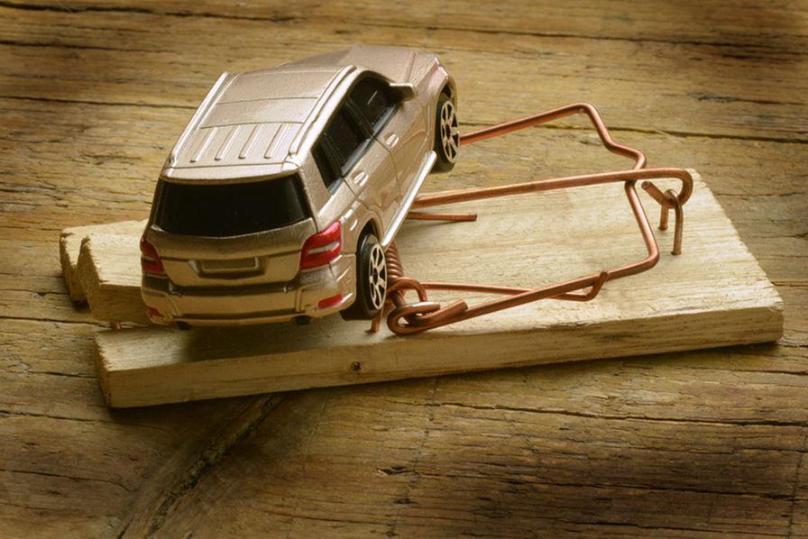 est il judicieux d acheter sa voiture aux ench res les. Black Bedroom Furniture Sets. Home Design Ideas