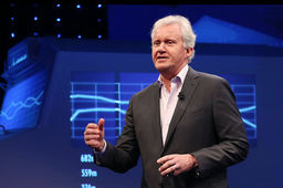Jeff Immelt cède les rênes de General Electric à John Flannery, sous la pression d'un actionnaire