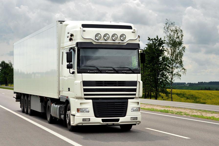 alain vidalies persiste sur le salaire minimum des chauffeurs routiers trangers transport. Black Bedroom Furniture Sets. Home Design Ideas