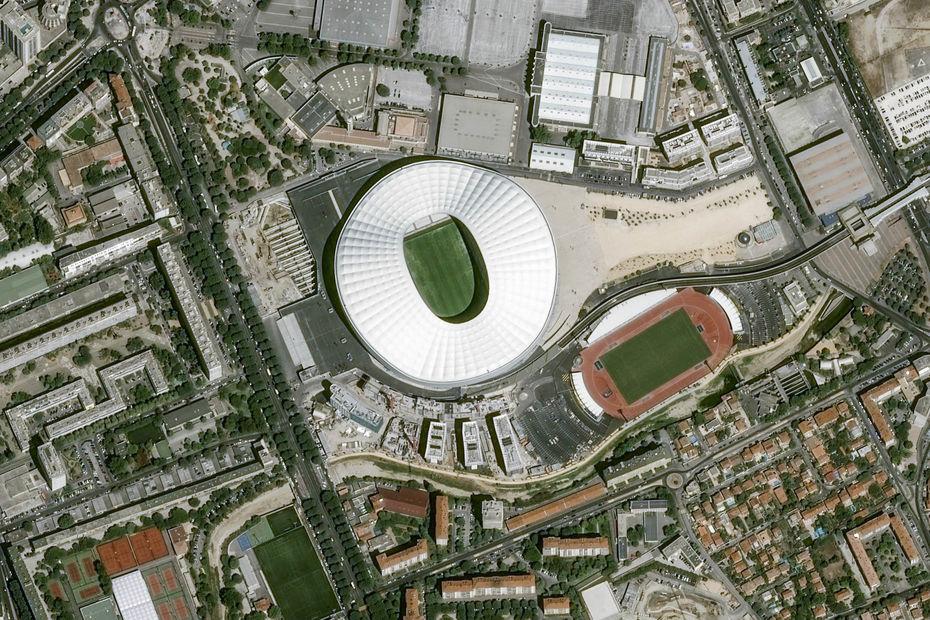 L 39 industrie c 39 est fou les stades de l 39 euro 2016 vus du for Porte 7 stade velodrome