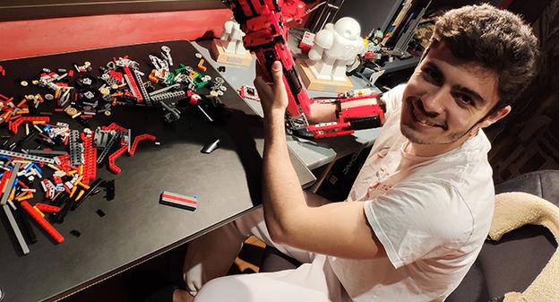 [[L'industrie c'est fou] Des prothèses de bras fabriquées avec des Lego] - Usine Nouvelle