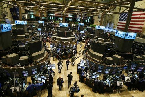 Wall Street prudente en attendant Yellen
