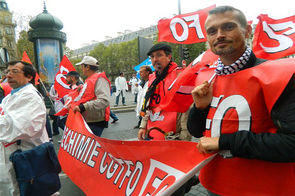Manifestation salariés Sanofi paris octobre 2012