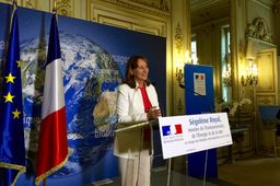 "Ségolène Royal ""optimiste"" pour la ratification de l'Accord de la COP21 par l'Union européenne"