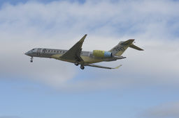 Le Global 7000, nouvel avion d'affaires de Bombardier, effectue son premier vol
