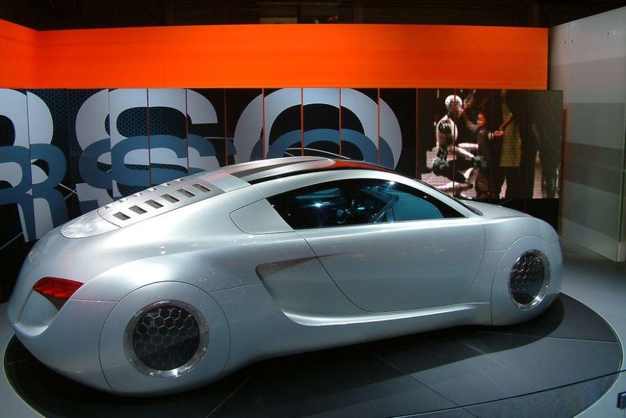 les voitures d lirantes de la science fiction l 39 audi rsq de i robot s ries d 39 t. Black Bedroom Furniture Sets. Home Design Ideas