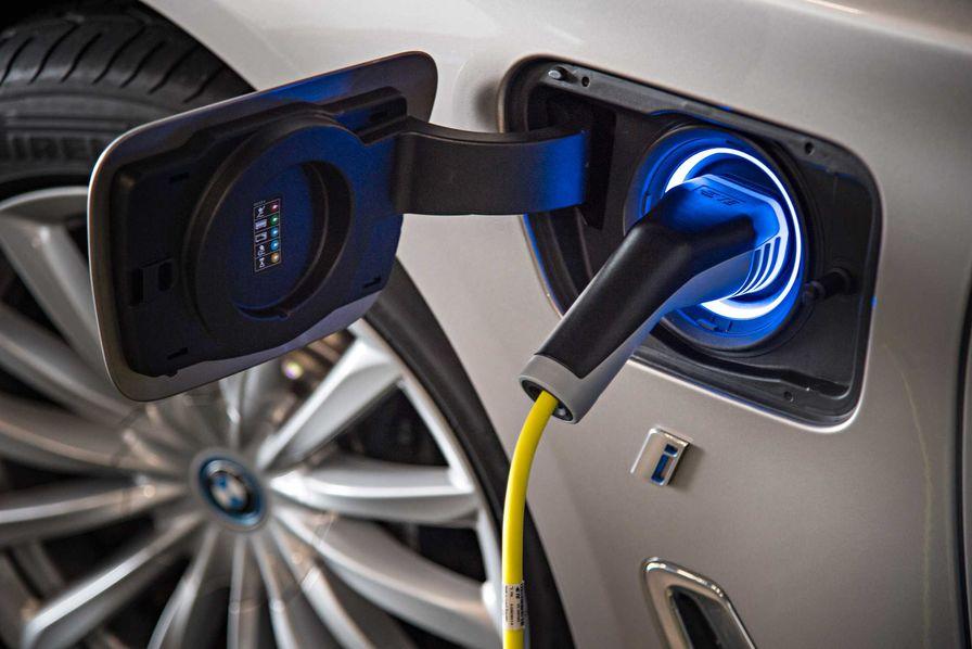 Le fabricant d'aspirateurs Dyson annonce qu'il se lance dans le véhicule électrique