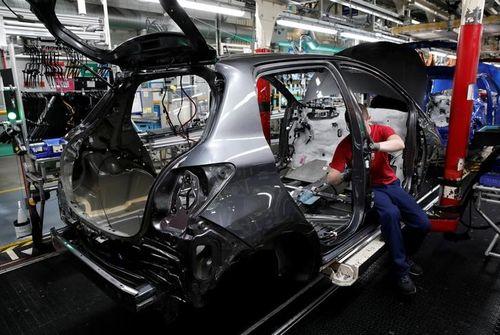 Va investir 400 millions d'euros dans son usine d'Onnaing — Toyota Motor
