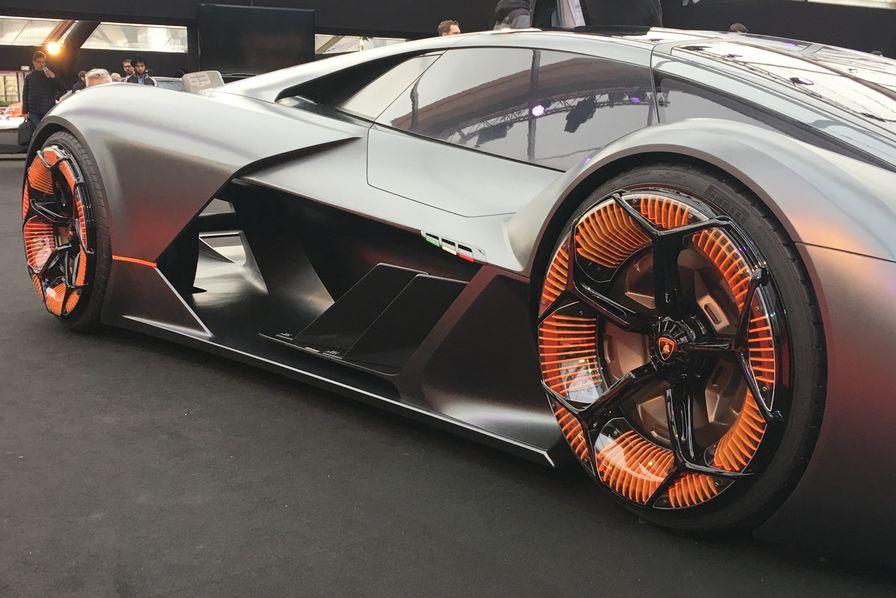 En Images Lamborghini Mazda Mercedes Renault Nos 8 Coups De