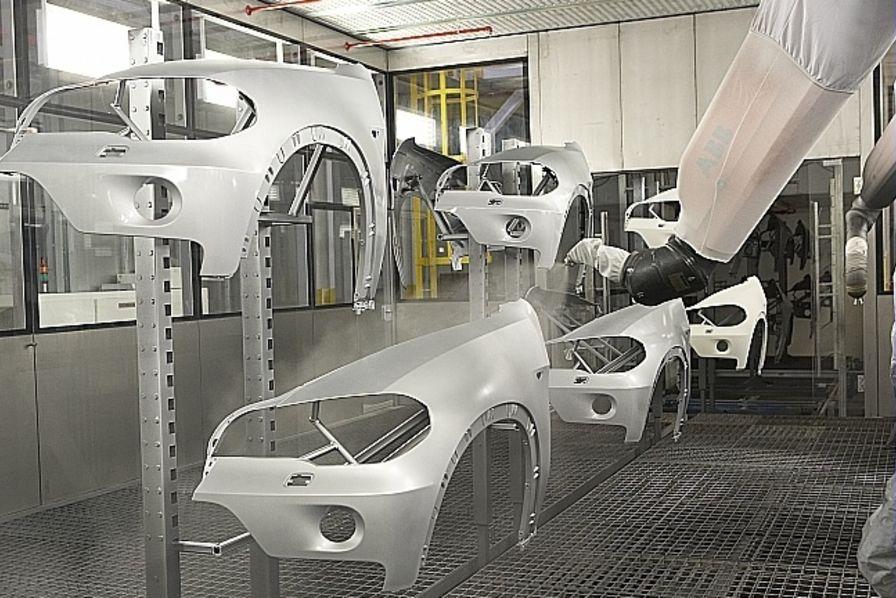 Plastic omnium souhaite c der son activit poids lourd l for Plastic omnium auto exterieur ruitz