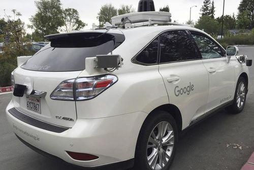 Alphabet s'associe à Avis pour gérer ses voitures autonomes