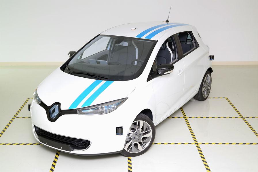 vidéo] renault promet une voiture autonome aussi agile qu'un pilote