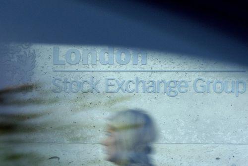 La Bourse de Paris poursuit sa course dans le vert (+0,46%)