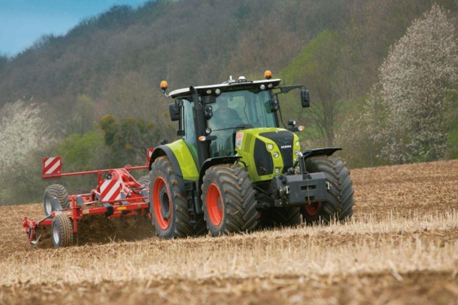 Des machines agricoles plus simples exploiter for Salon de la machine agricole